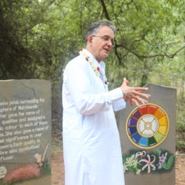 Andrew Harvey Leading A Tour in India